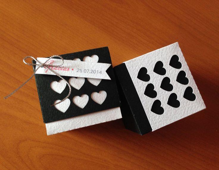 Caja Corazón versión Blanco & Negro