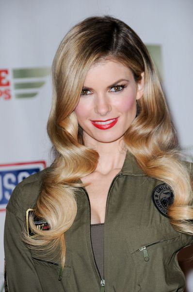 Celebrity Hairstyles News | Top 10 Celebrity Blonde Hairstyles of 2010