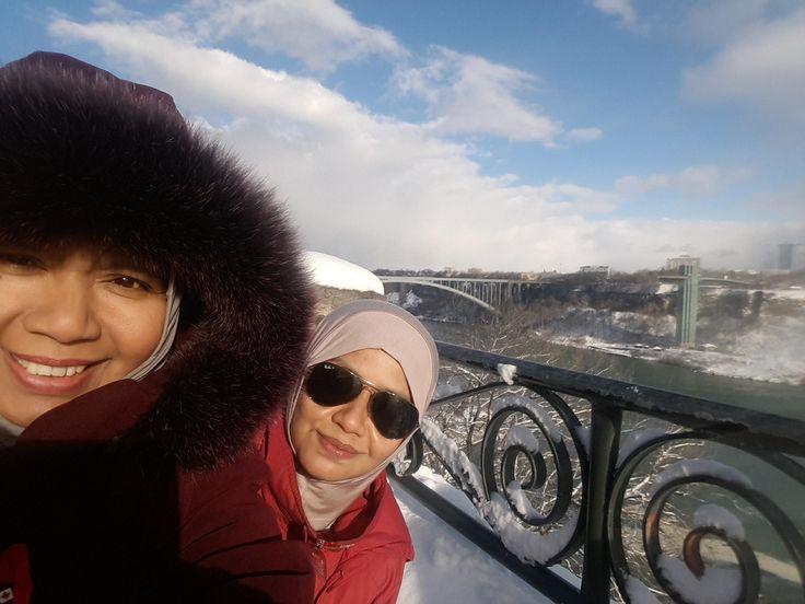 My sister and I. Niagara Falls, Canada