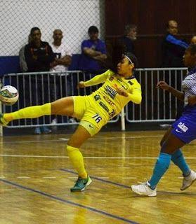 Blog Esportivo do Suíço:  Futsal feminino de São José goleia Santos e fatura o tetra nos Abertos