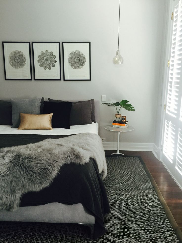 Main grey bedroom, Nordic bedroom, modern, classic, Grey, black and white with metallic touches, Great Dane pendant ❤️