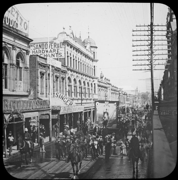 207352PD: A procession in Hay Street, Perth, 1906-1907 http://encore.slwa.wa.gov.au/iii/encore/record/C__Rb2948373