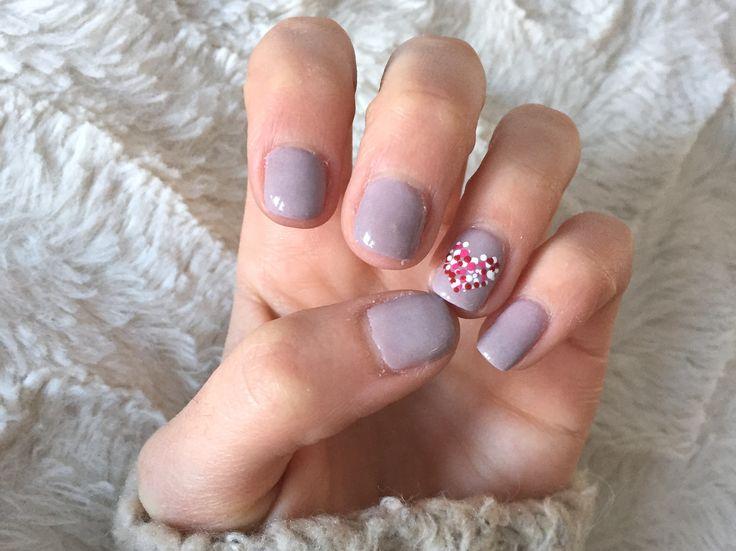 #nails #art #nailart #nude #purple #valentinesday #heart #dot #pale #polkadot