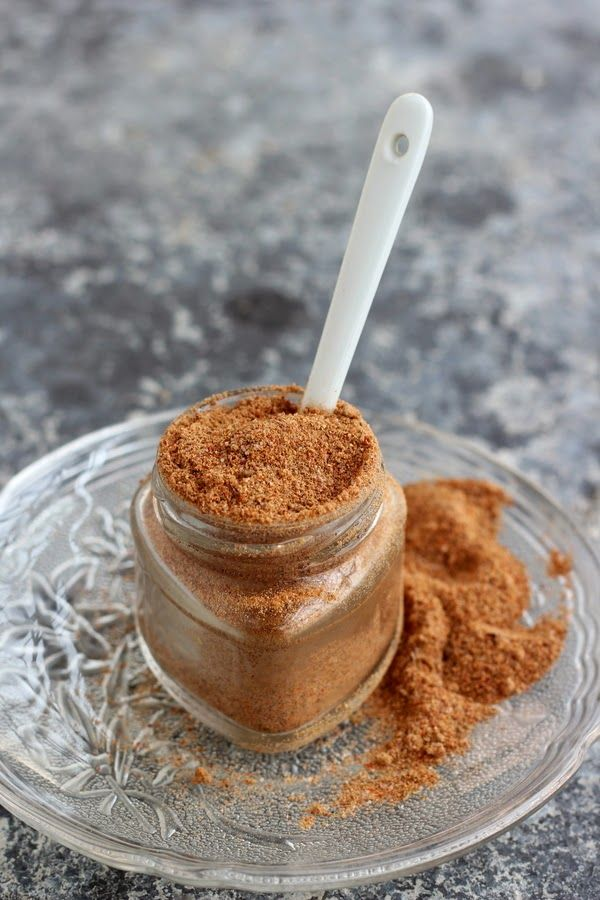 Hot and Tangy spice mix for salads, curry or sauce #spice #indian #chatmasala
