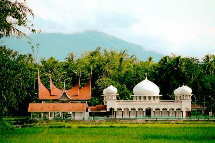 Hubungan antara hukum Adat dan Hukum Islam