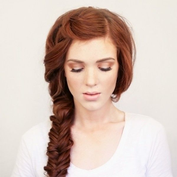 Bohemian Side Braid (LOVE THIS) ~ Boho vibes don't have to end when summer does… Keep the festival beauty coming with this French-braid-to-fishtail side swept braid.