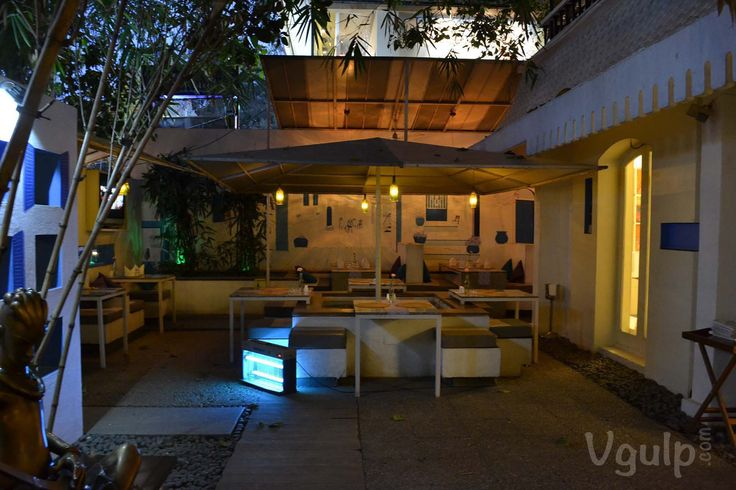 Here's the entrance view of 100 Ft Boutique Bar and Restaurant in Indiranagar, Bangalore