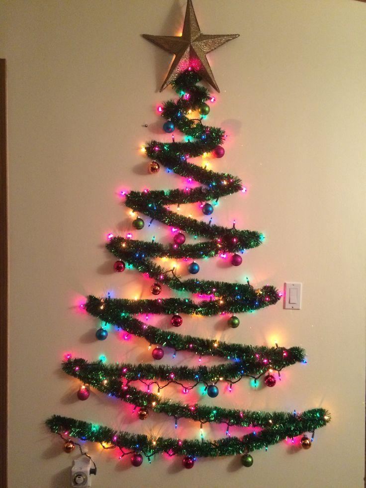 Wir Konnen Dies Draussen Auf Der Vorderseite Unseres Hauses Versuchen Da Wir Weihnachten Haben Diy Weihnachtsgeschenke Office Christmas Decorations Creative Christmas Trees Wall Christmas Tree