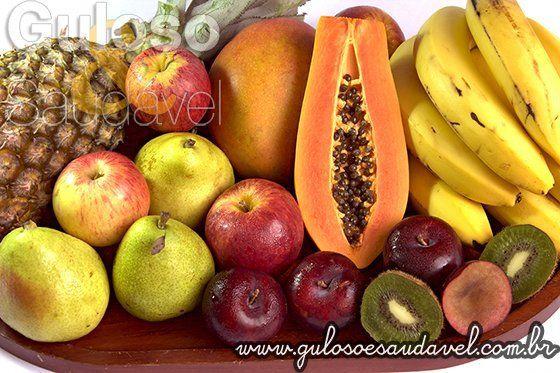 Sabia que é indicado comer 3 a 5 peças de fruta por dia? Já comeu fruta hoje? A Importância da Fruta na Alimentação!  Artigo aqui => http://www.gulosoesaudavel.com.br/2013/09/26/importancia-fruta-alimentacao/