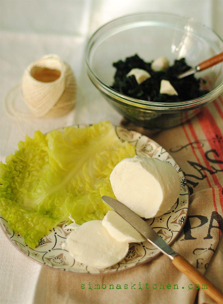 ricetta con cavolo verza, ricetta con mozzarella, involtini con verdura, involtini con verdure, involtini di cavolo verza