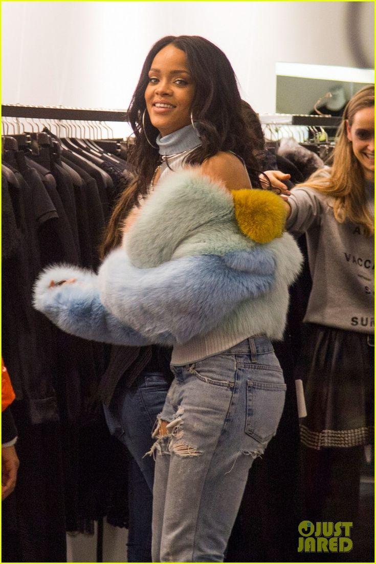 Best 25+ Rihanna Bikini Ideas On Pinterest