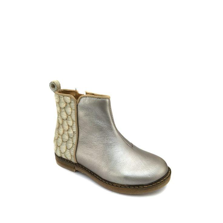 Anna Pops, hippe kinderschoenen en kledij - online kids webshop - Pom d'api - halfhoge laars - Korte laars in zilver en wit haar