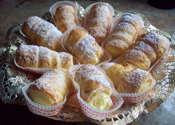 Cannoncini Con Crema Al Caffè E Mascarpone