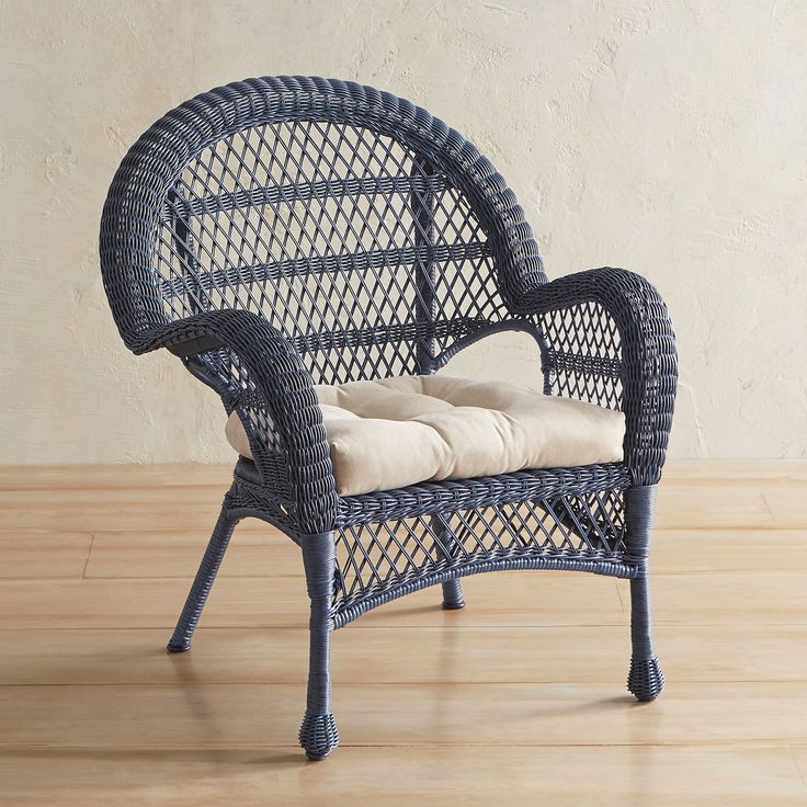 """It's always comfortable in Santa Barbara. Our crisp, classic chair is hand-woven of all-weather synthetic rattan over a sturdy, rust-resistant iron frame so you can relax and enjoy the outdoors. <span class=""""mini-upsell"""" data-launch=""""true"""" data-verbose=""""true"""" data-productName=""""Cushions"""" data-skus=""""PV200-22:1""""></span>"""