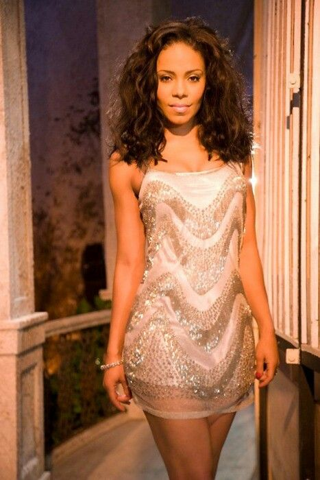Sanaa Lathan i really like this dress  my style