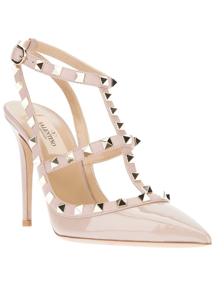 Valentino Rockstud Patent Leather pump Beige [Valentino] - $206.15 : Discounted Christian Louboutin,Jimmy Choo,Valentino Shoes Online store