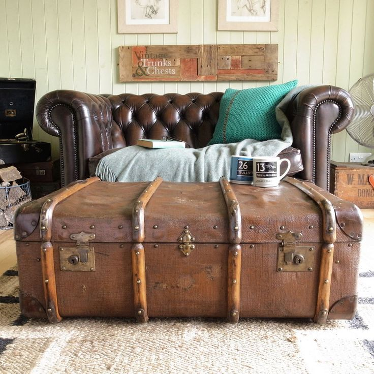 Vintage Banded Steamer Trunk Chest Rough Lux Luggage Shabby Coffee Table Storage Vintage