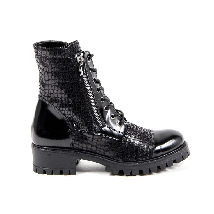 Versace 19.69 Abbigliamento Sportivo Srl Milano Italia Womens Short Boot B1476 VIT. AMALFI NERO