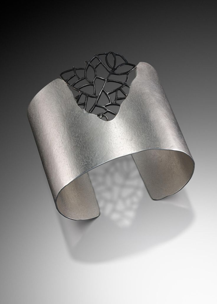 Landscape Cuff by Beverly Tadeu  (photo by Victor Wolansky)