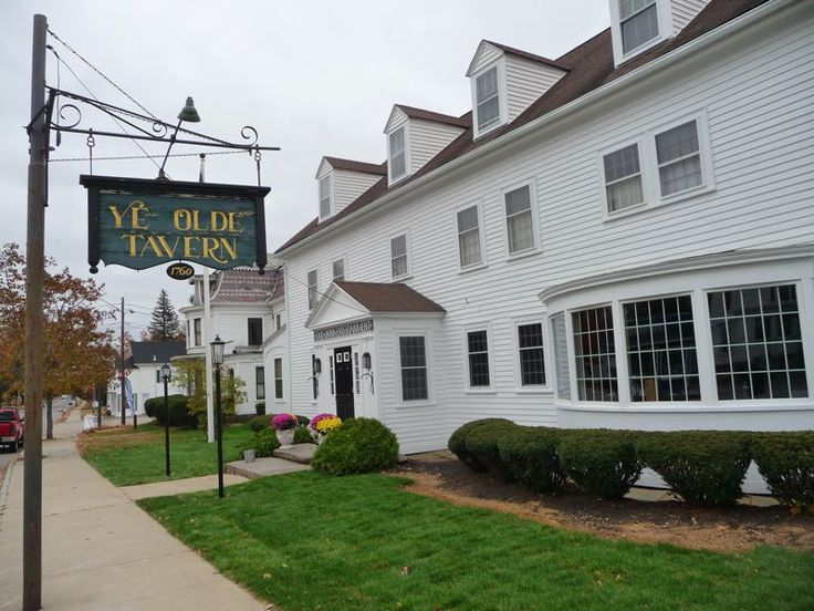The Ye Olde Tavern in West Brookfield, Mass., is one of the oldest operating taverns in the United States. Read the story at http://visitingnewengland.com/blog-cheap-travel/?p=5899
