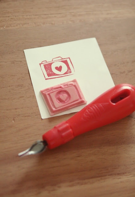 Clickphoto - Lien: DIY | handmade stamp. Like this idea, make a polaroid stamp