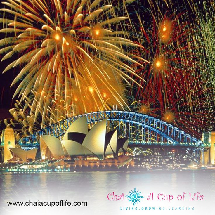 Sydney Harbour Bridge on New Years! The most spectacular fireworks display. Visit: http://www.chaiacupoflife.com/new-year-fireworks #sydney #fireworks