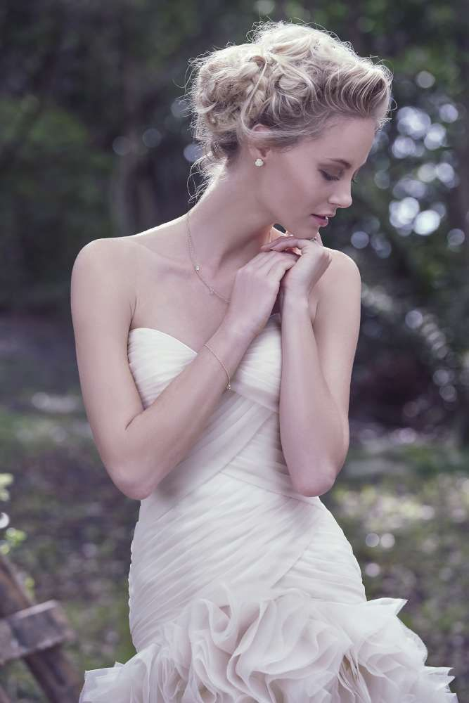 Visit Proposals Bridal Shop In Crawley Sussex And Find Wide Collection For Wedding Dress