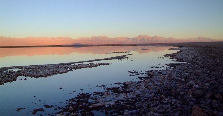 Dono de um dos céus mais limpos do planeta - com direito a 330 noites estreladas por ano, o Atacama é um dos melhores lugares para observação astronômica