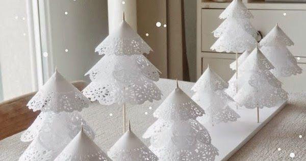 Quei progetti semplici semplici figli di una mente geniale e sognatrice.  Un piccolo bosco di carta ottenuto con i centrini di carta, baston...