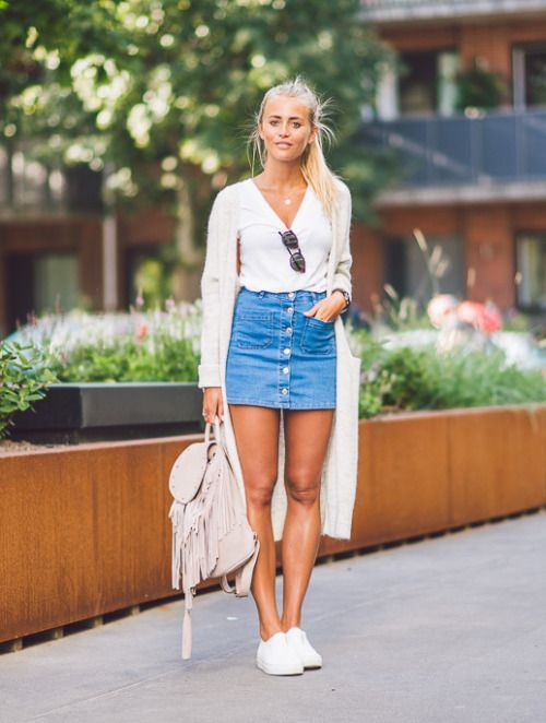 354b2718798e5 6 Ways to Style a Denim Skirt in 2019 | Style | Denim skirt outfits ...