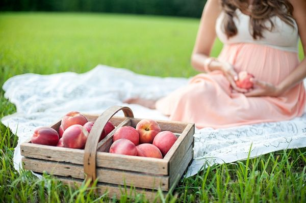 Peaches and Cream Maternity Session by Melissa Wilson Photography - Inspired By This
