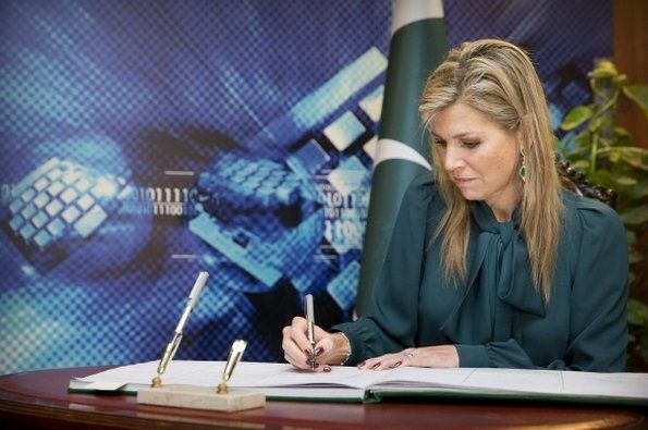 Queen Maxima attended a meeting with the President of Pakistan Mamnoon Hussain at the Residential Palace on February 11, 2016 in İslamabad, Pakistan. This was the third day of her visit to Pakistan as...