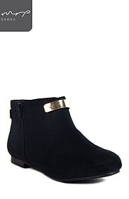 METALLIC PLATE ANKLE BOOT