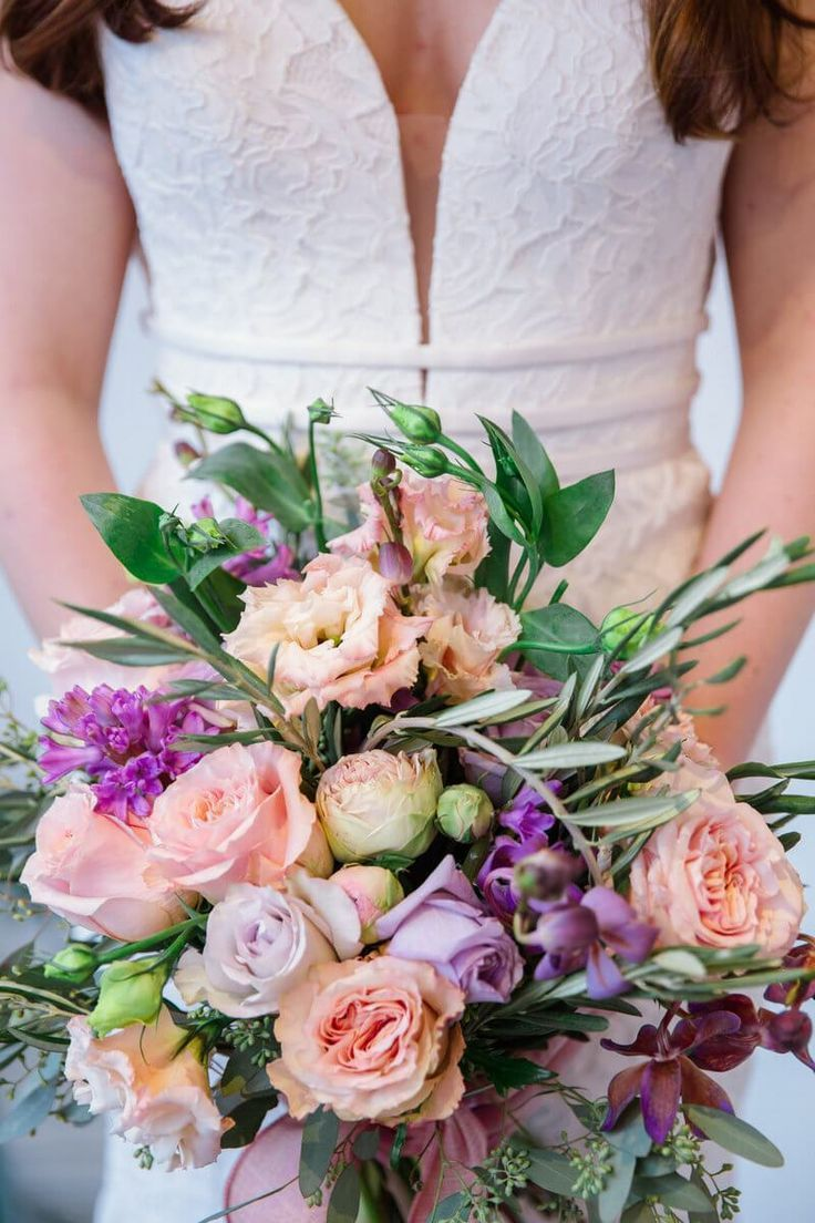 Isabelle S Bridal Spring 2019 Collection Wedding Flower Guide