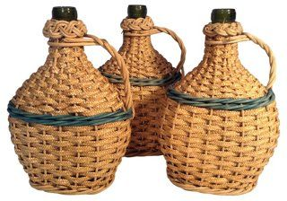 Vintage French Basket Wine Bottles are perfect for a wine and pizza night!