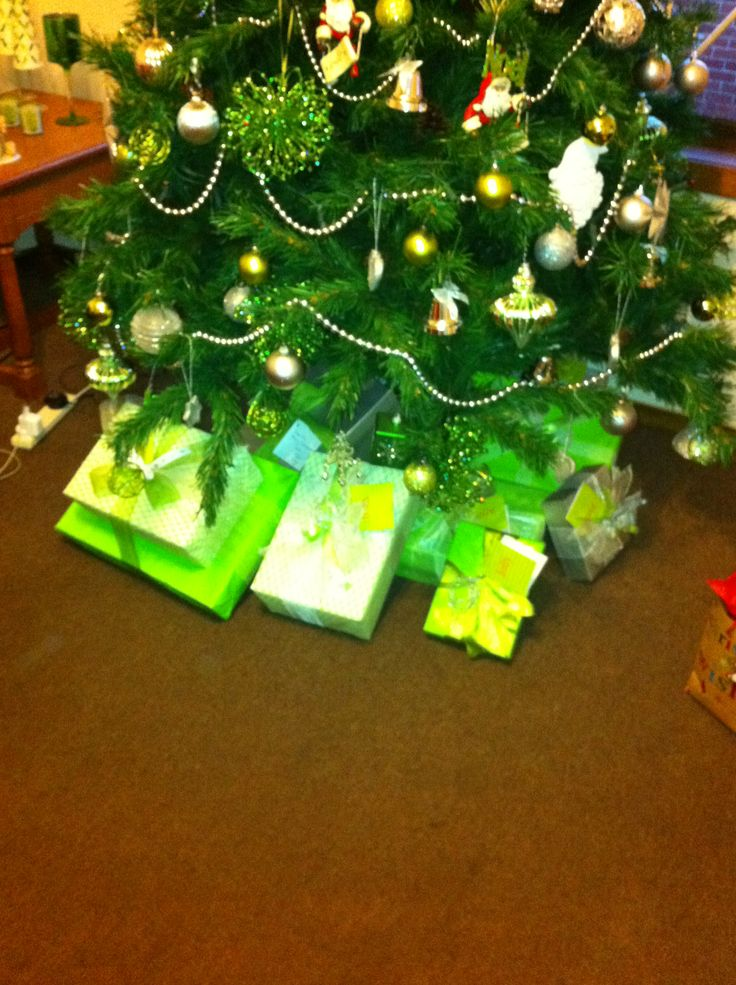 #Christmas - Green