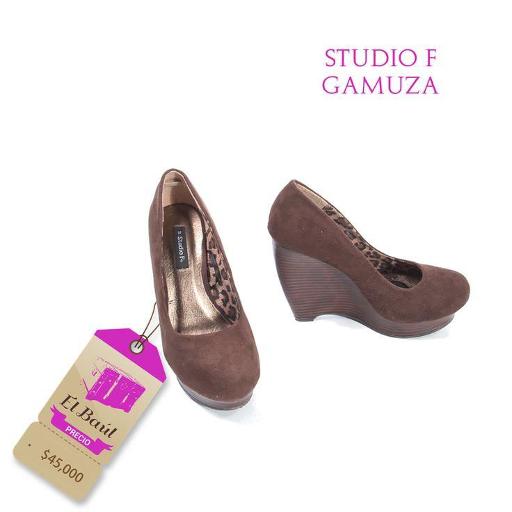 Studio F, puedes combinarlos con café, azul o camel, son muy versátiles  $45000  http://elbaul.co/Productos/1561/Zapatos-Studio-F-caf%C3%A9-gamuza-