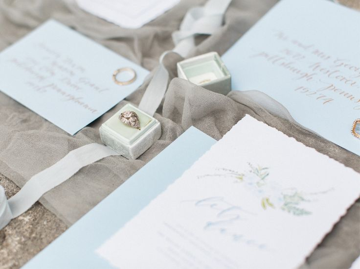 English Romance Greenery Wedding Invitations & Paper Details