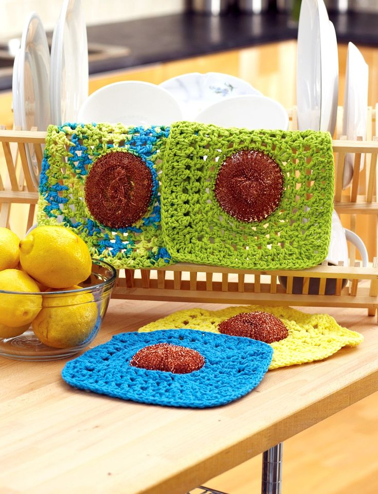 Yarnspirations.com - Lily Dishcloth with Scrubby - Patterns  | Yarnspirations