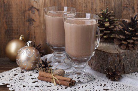 Sorprende a tu familia con un delicioso y original ponche de chocolate venezolano. Es muy fácil de preparar y a tu familia le encantará.