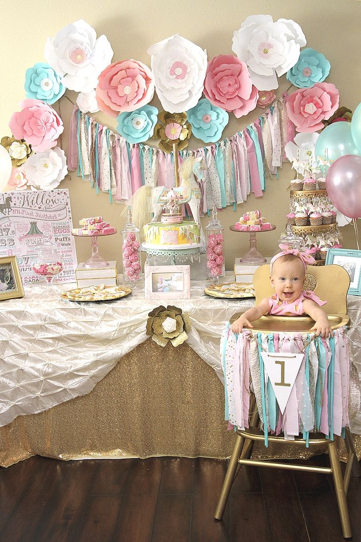 A Pink & Gold Carousel 1st Birthday Party - via BirdsParty.com