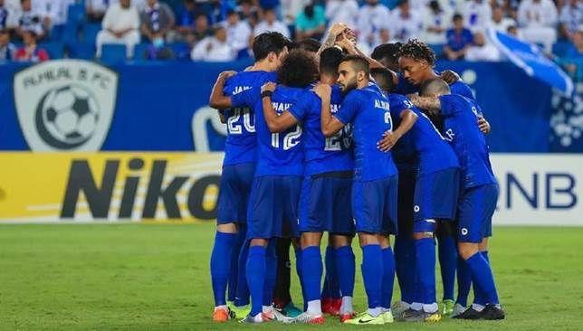 سيطرة مطلقة للاعبي الهلال على تشكيل نهائي دوري أبطال آسيا سعودي 360 كشف الاتحاد الآسيوي لكرة القدم صباح اليوم الخميس عن Soccer Field Soccer Academic Dress