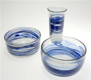 Lauritz.com - Glas - Willy Johansson (1921-93) for Hadeland Glassverk. Skåler og vase, 1970-tallet (3) - NO, Oslo, Sannergata 3