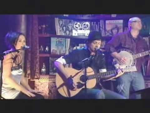 Kasey Chambers & Shane Nicholson - Can't Get You Outta My He - YouTube
