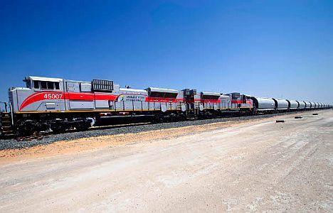 etihad-rail-in-control-centre-handover