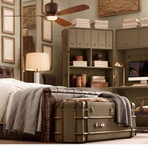 love everything about this room (Restoration Hardware)