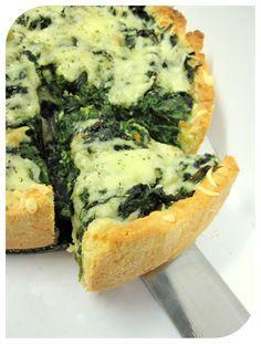 Tarta ze szpinakiem i serem pleśniowym