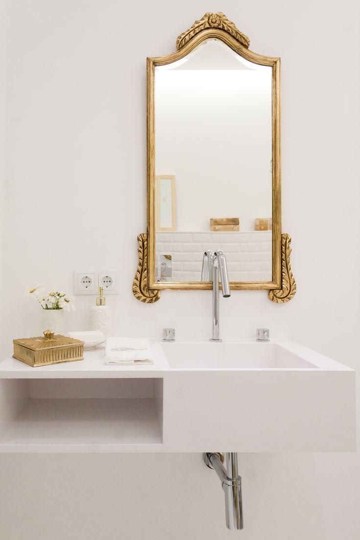 Golden Bathroom Decor