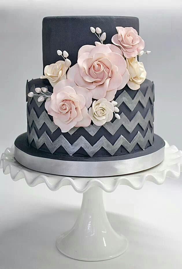 this is a beautiful cake!