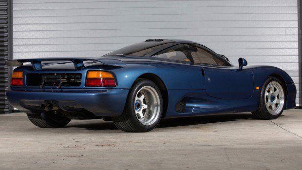 XJR-15: o outro supercarro que a Jaguar fez na década de 1990 - FlatOut!